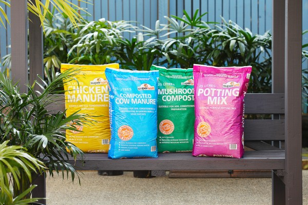 Manure And Potting Mix - Packaging Designs